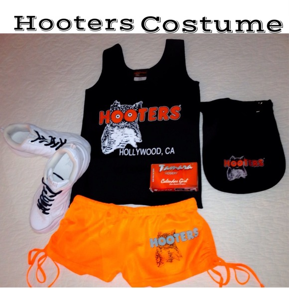 Hooters Uniform For Sale 29