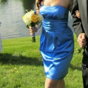 Blue satin dress with pockets! Sweetheart