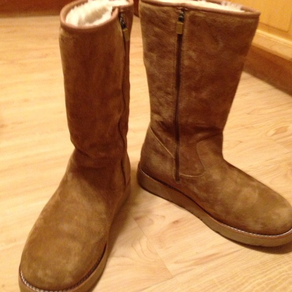 be9a107ce9fa Chestnut Uggs