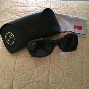 Authentic Ray Ban sunglasses ❤️