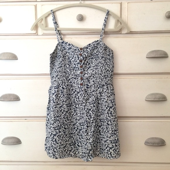 Dresses - White and navy blue floral print dress/tank