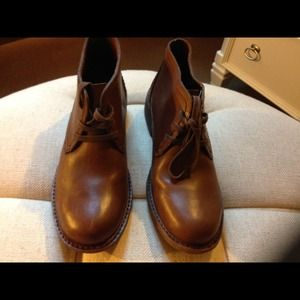 Men's Banana Republic shoes in Carmel