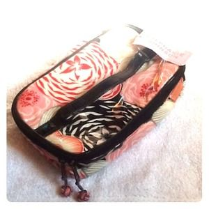 NWT Stephanie Johnson floral makeup travel bag
