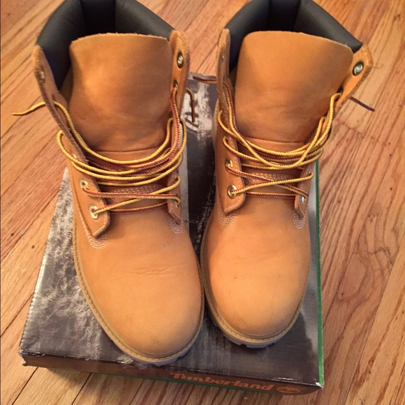 junior timberland boots size 6