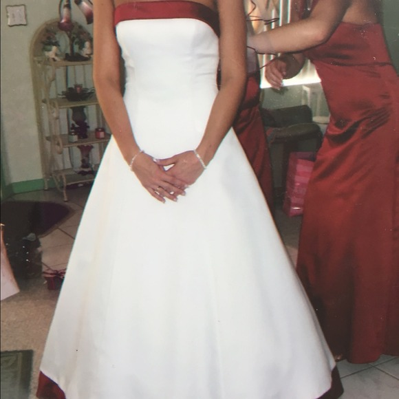 David S Bridal White With Red Accent