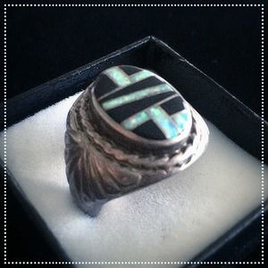 Accessories - Vintage Fire Opal & Onyx Ring