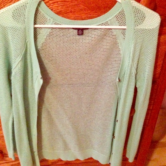American Eagle Outfitters Sweaters - American eagle open knit waffle cardigan