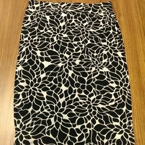 Black & White Print Skirt