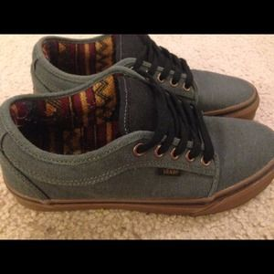 Vans Shoes - 🚨🚨REDUCED🚨🚨Hemp Dark Grey  Gum Chukka Low Vans eca729825