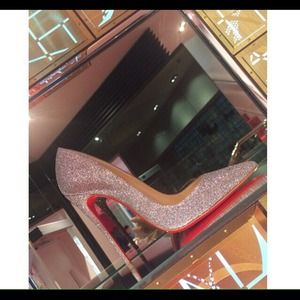 Christian Louboutin glitter So Kate