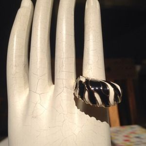 Zebra Fashion Ring