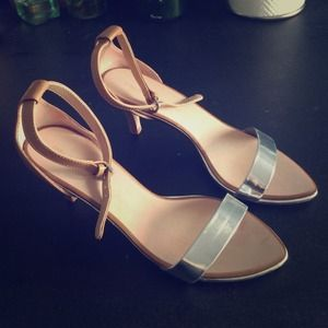 Zara basic metallic and nude kitten heel sandals!