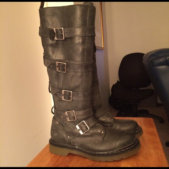 Dr Martens Phina Boots | Poshmark