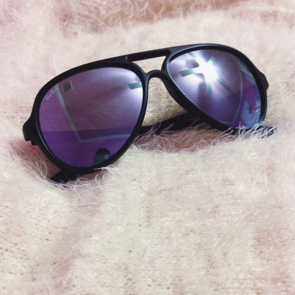 4b5a5d9f8cd Rayban Mirrored Cats 5000 Sunglasses