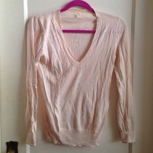 J. Crew Sweaters - J. crew v neck pale pink sweater