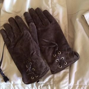 Brand New Brown Insulated Suede Gloves - NWOT