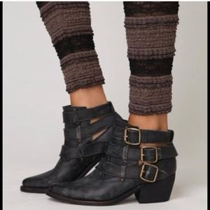 Jeffrey Campbell light distressed ankle boot