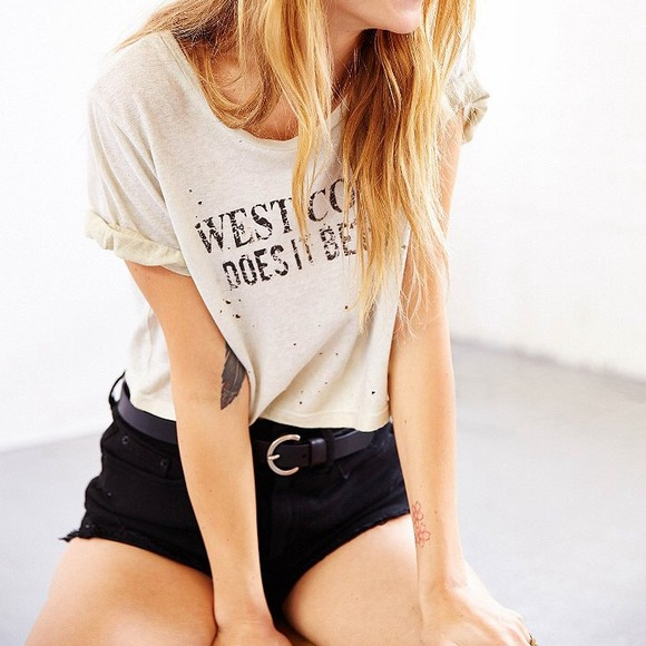 Free People Tops - West coast does it better distressed crop tee