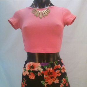 78fde4da730bcc Diva Appared Tops - 🆕 Solid color sweet rose crop top NWOT