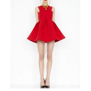 Dresses & Skirts - BEAUTIFUL RED LADIES PARTY DRESS 🎉🎉