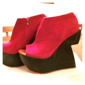 Dolce Vita Hot Pink Suede Ankle Bootie