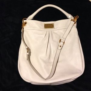 MARC BY MARC JACOBS- Classic Q- Hiller Hobo