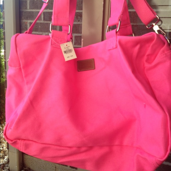 318c3d492965 Victoria s Secret hot pink small duffle bag