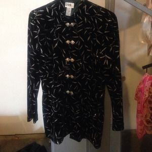 Last chance! Taking to consignment tomorrow!
