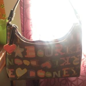 Small Dooney & Bourke purse