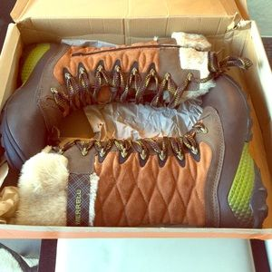 Merrell Shoes - Boots by MERRELL