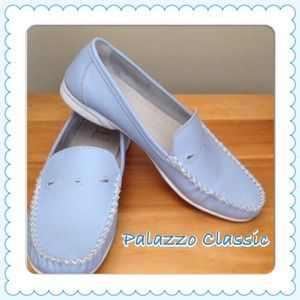 Shoes - 🦋Leather Periwinkle Blue Palazzo D'Oro Classic