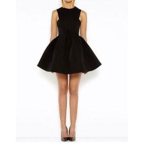 Dresses & Skirts - Little Black Dress!!! 🎀