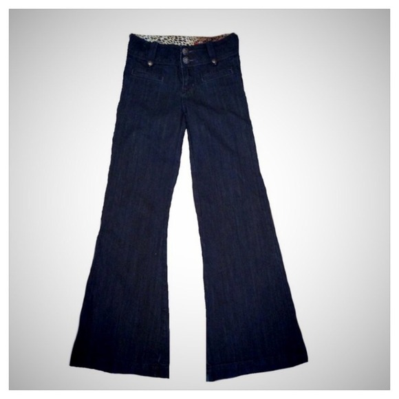 81% off Vigoss Denim - Vigoss wide-flare out jeans from ! laura's ...
