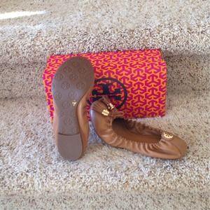 Tory Burch Shoes - 💕PM_Editor Pick💕Tory Burch Ballet Flats