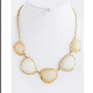 New peach and ivory statement necklace set