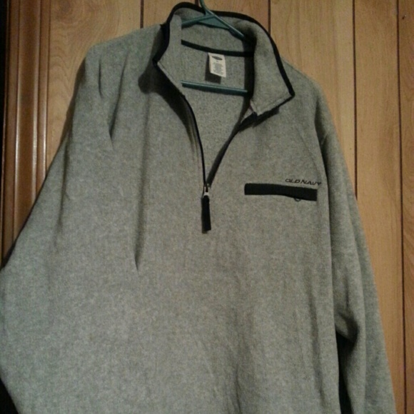 62% off Old Navy Other - Old Navy fleece pullover from Dee's ...
