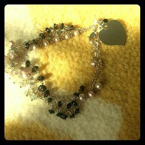 Jewelry - Beaded heart bracelet