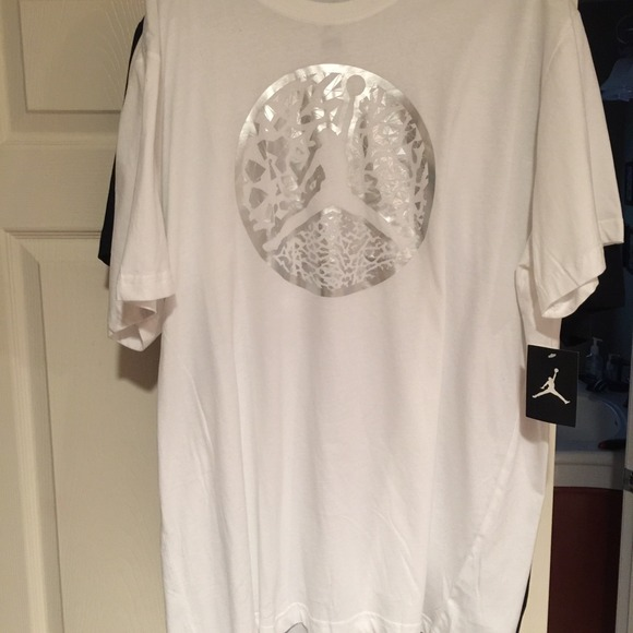 31 off nike other men 39 s extra large nike t shirts from for Extra tall white t shirts