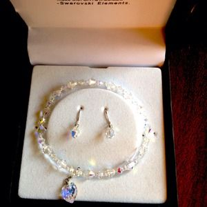 Accessories - NWT GORGEOUS SWAROVSKI AND STERLING SET