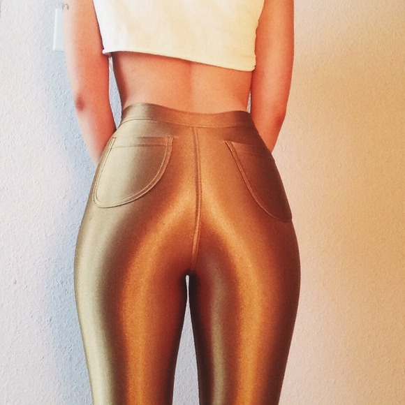 2019 year looks- How to gold wear disco pants