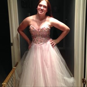50% off Deb Dresses &amp Skirts - DEBS Prom Dress from Kayla&39s closet ...