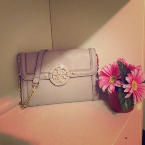 *RARE* Tory Burch Amanda WOC Crossbody Bag