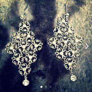 ❤️Stunning Chandelier Earrings