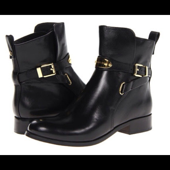 62 off michael kors boots michael kors black leather avery ankle boots from chris 39 s closet on. Black Bedroom Furniture Sets. Home Design Ideas