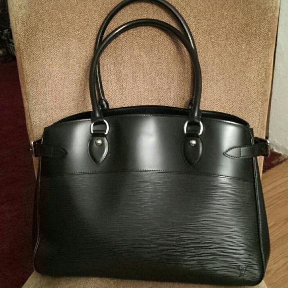 Louis Vuitton Bags   Lv Blk Epi Leather Passy Gm Bag   Poshmark bc059b701d
