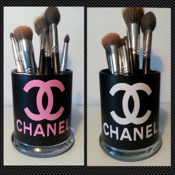 2f6daa8191 Makeup Brush Holder Chanel