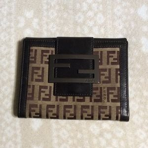 Fendi 2-toned Wallet