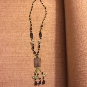 Jewelry - Beautiful stone necklace