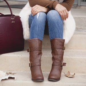 Shoe Dazzle Boots - New Brown Faux Leather Chunky Heeled Boots