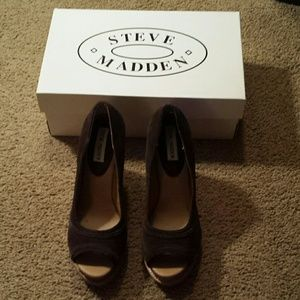 SALESteve Madden peep toe wedges